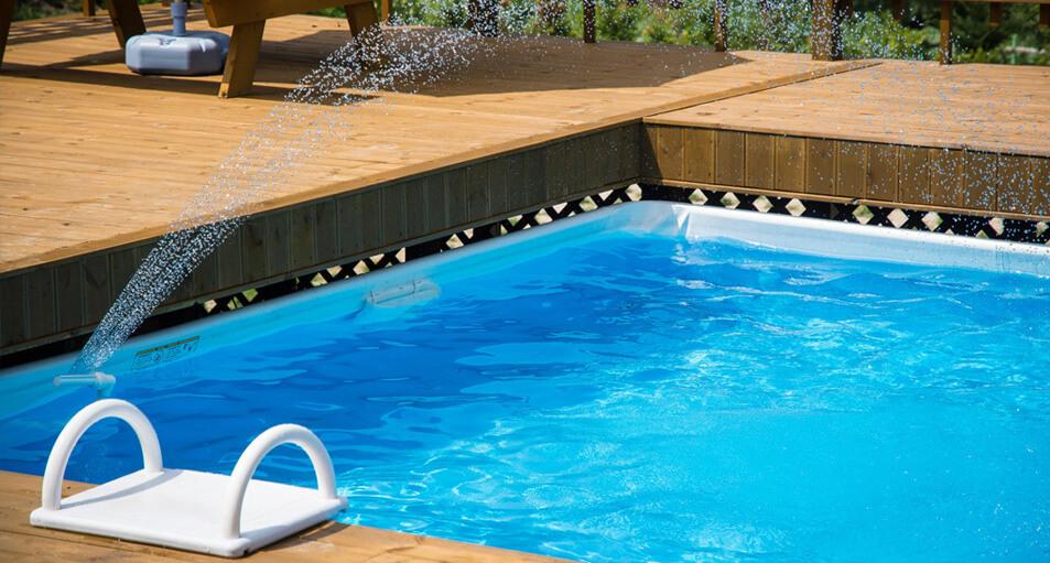 Consejos para un mantenimiento de piscinas prefabricadas for Mantenimiento de la piscina