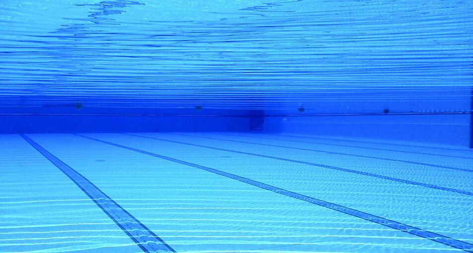 mantener limpia la piscina en invierno