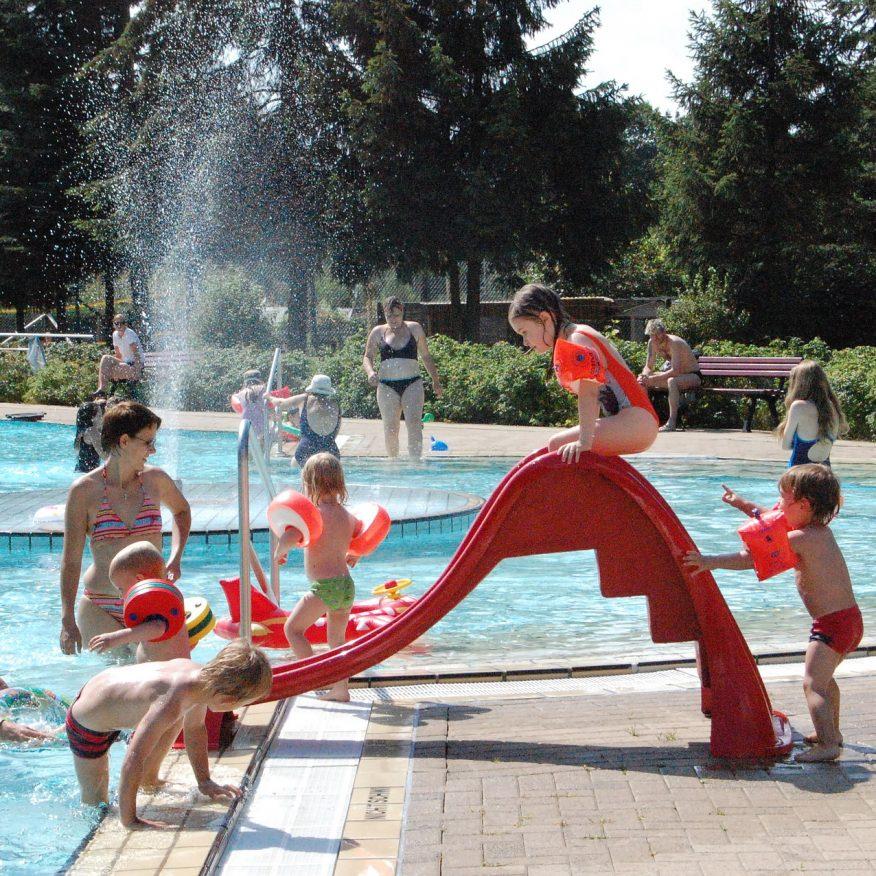 6 extras para tu piscina que la harán aún más especial