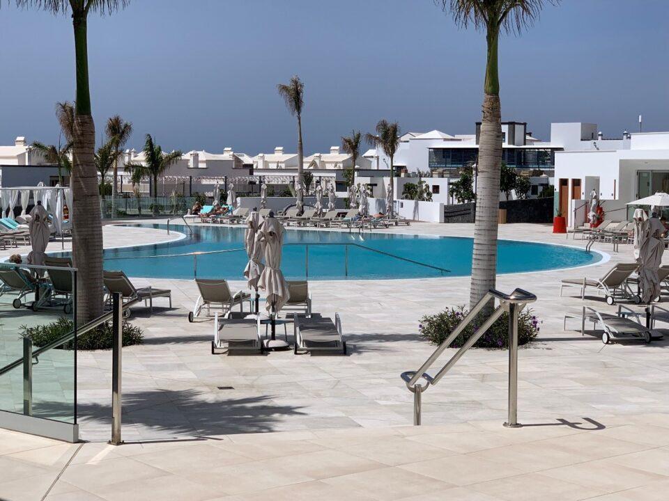 cloracion-salina-piscina-hotel