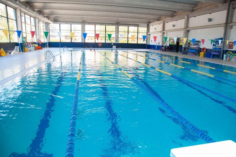 cloracion-salina-piscina-colegio