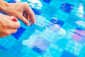 Seguridad de la cloración Salina frente al cloro químico